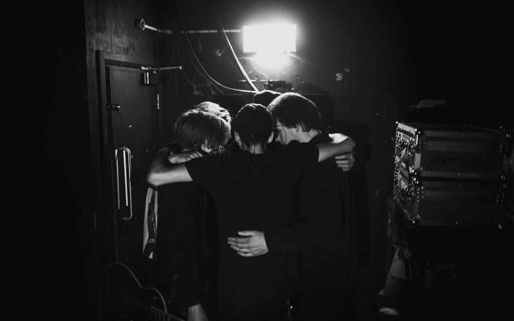 The wait is almost over US @counterfeitrock fans https://t.co/xjqVFGWRGX https://t.co/2ceFUyryC5