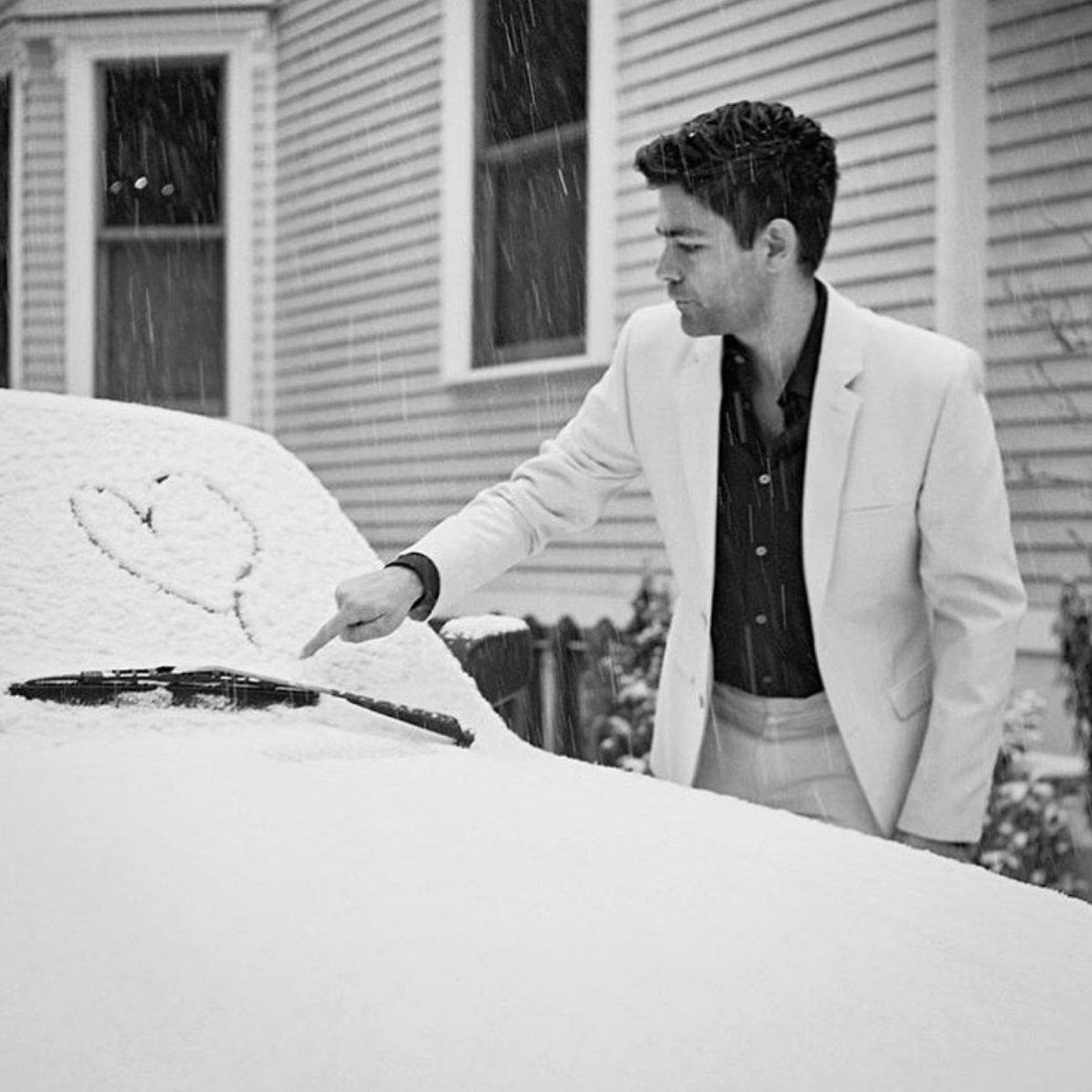 I ❤️ u snow...now go away. It's time for spring, please. #spring   ???? @davidjweiner https://t.co/BtjOTmkfsg