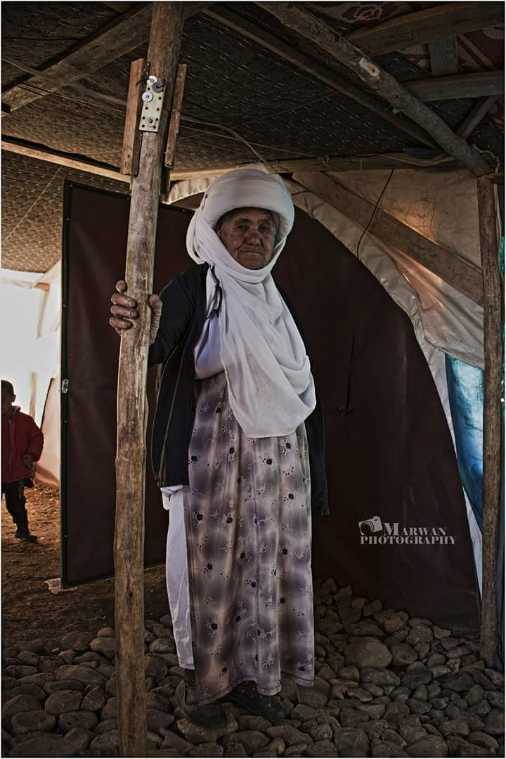 صورة لامراة #ايزيدية من #سنجار  #نسمات_من_لالش https://t.co/XPGldKnB8h