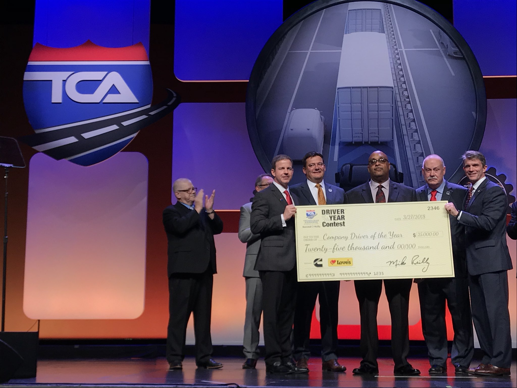 The TCA Company Driver of the Year is...Stephen Richardson of Big G Express! #2018TCA https://t.co/W0o72LnisM
