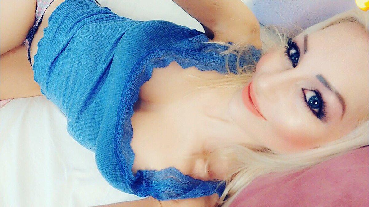 Habt einen schönen Abend 💋 #selfie #selfies #sandy226 #wednesday #happy #hot #hottie UI