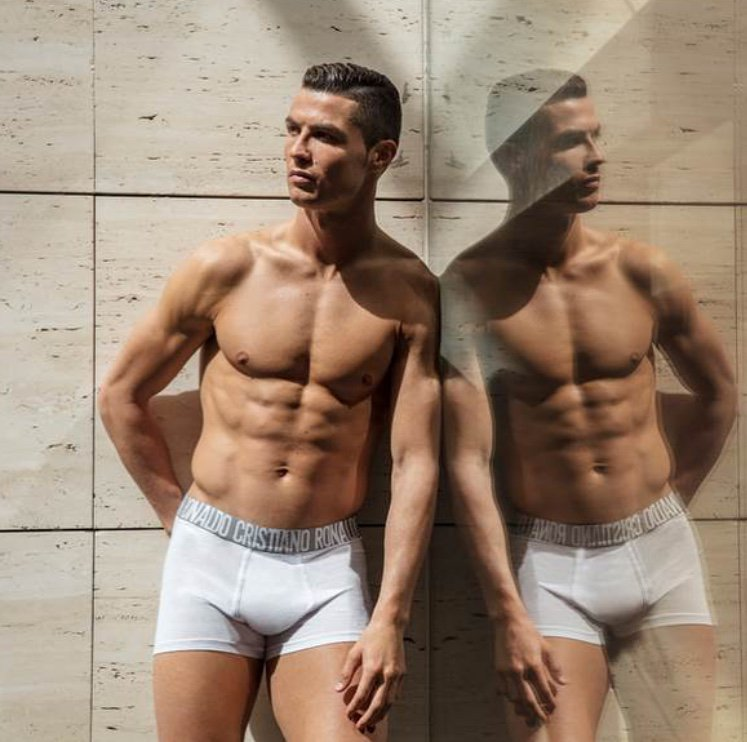 Double trouble ;p @cr7underwear https://t.co/1HGbZRwrPB