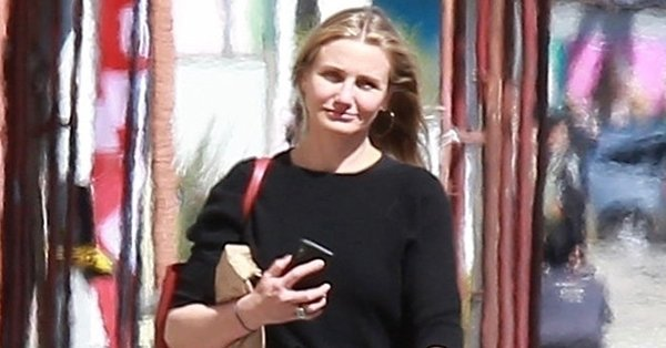 "In her own words, Cameron Diaz says that she is ""actually retired."""