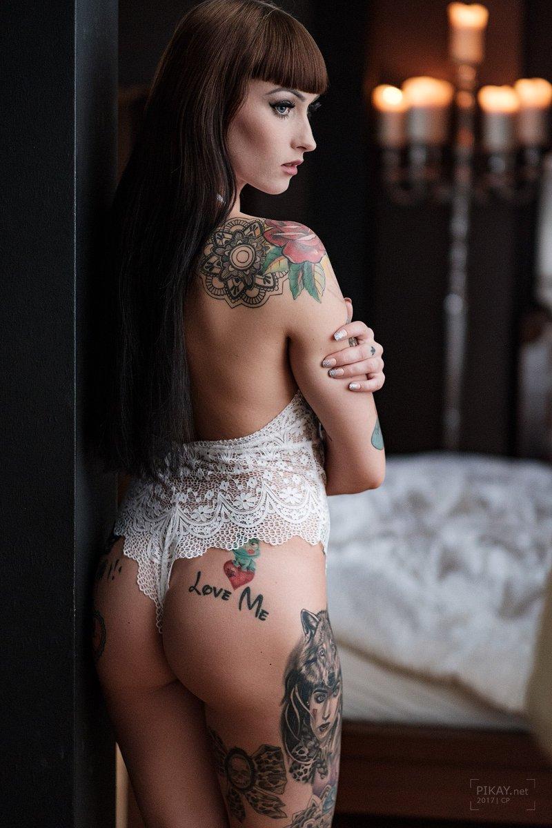 Tattoo nackt wildcat model 100Gb Tube