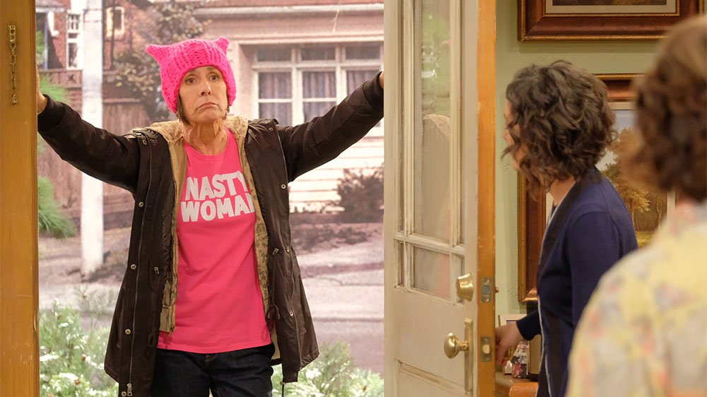 ABC has wasted no time in securing a second season for its Roseanne revival
