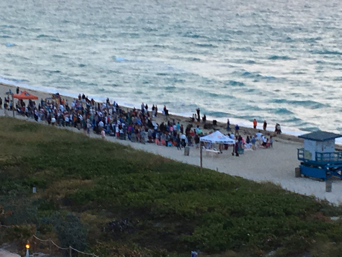test Twitter Media - Sunrise service on Miami Beach! Happy Easter to all who celebrate! https://t.co/Q9qJQChrBo