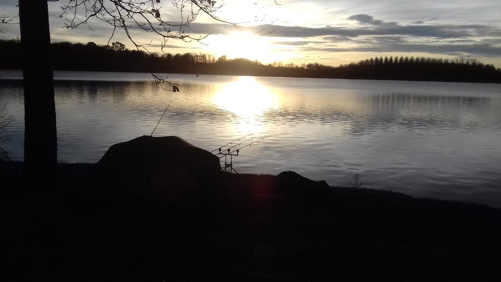#CarpFishing in a beautiful <b>Sunset</b> at Lac de l'Uby. https://t.co/eya9xM72MC