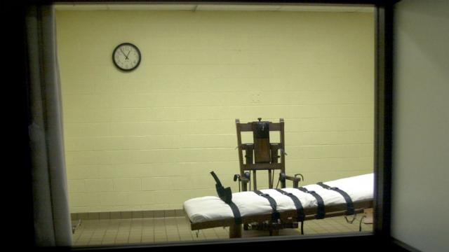Texas seeks approval to shorten appeals process for death row inmates, speed up executions https://t.co/jwU5kDhC5M https://t.co/UOrA4ufFLD