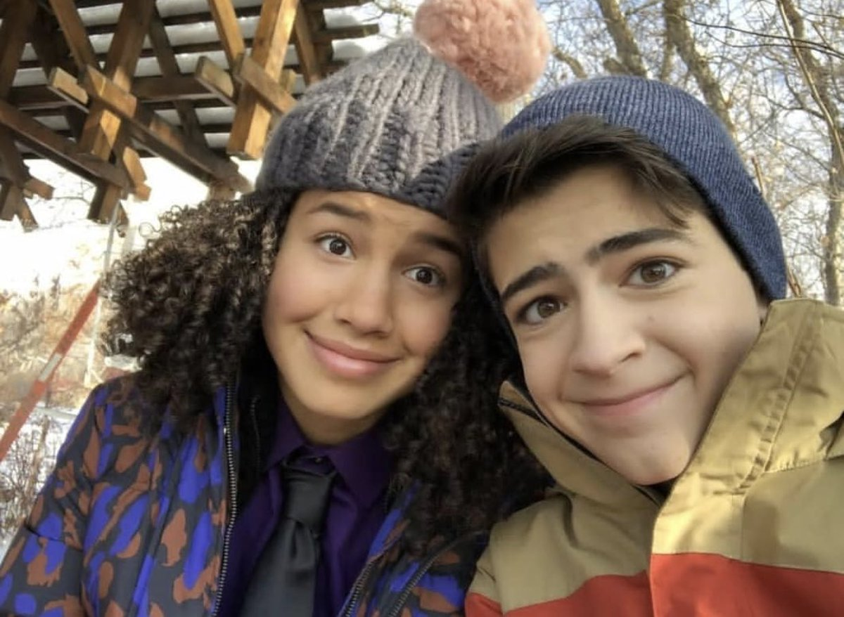 test Twitter Media - Tonight's Episode of #AndiMACK might make you cry 😢 1,000 RETWEETS and I'll post some behind the scenes of the finale!!! 💋 #lovemyANDIMACKFANDOM https://t.co/c9pkecT45G