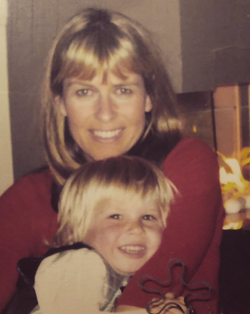 RT @RobertIrwin: Love you, Mum. Happy Birthday ❤️ https://t.co/QW7hK4otjE