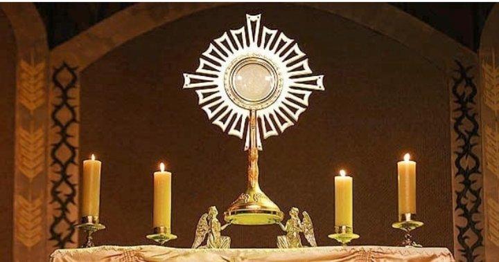 @americamag @ColleenDulle Unidos en Oración, a los pies de Jesús Sacramentado 🙏🙏🙏 https://t.co/BxDiCcSzbP