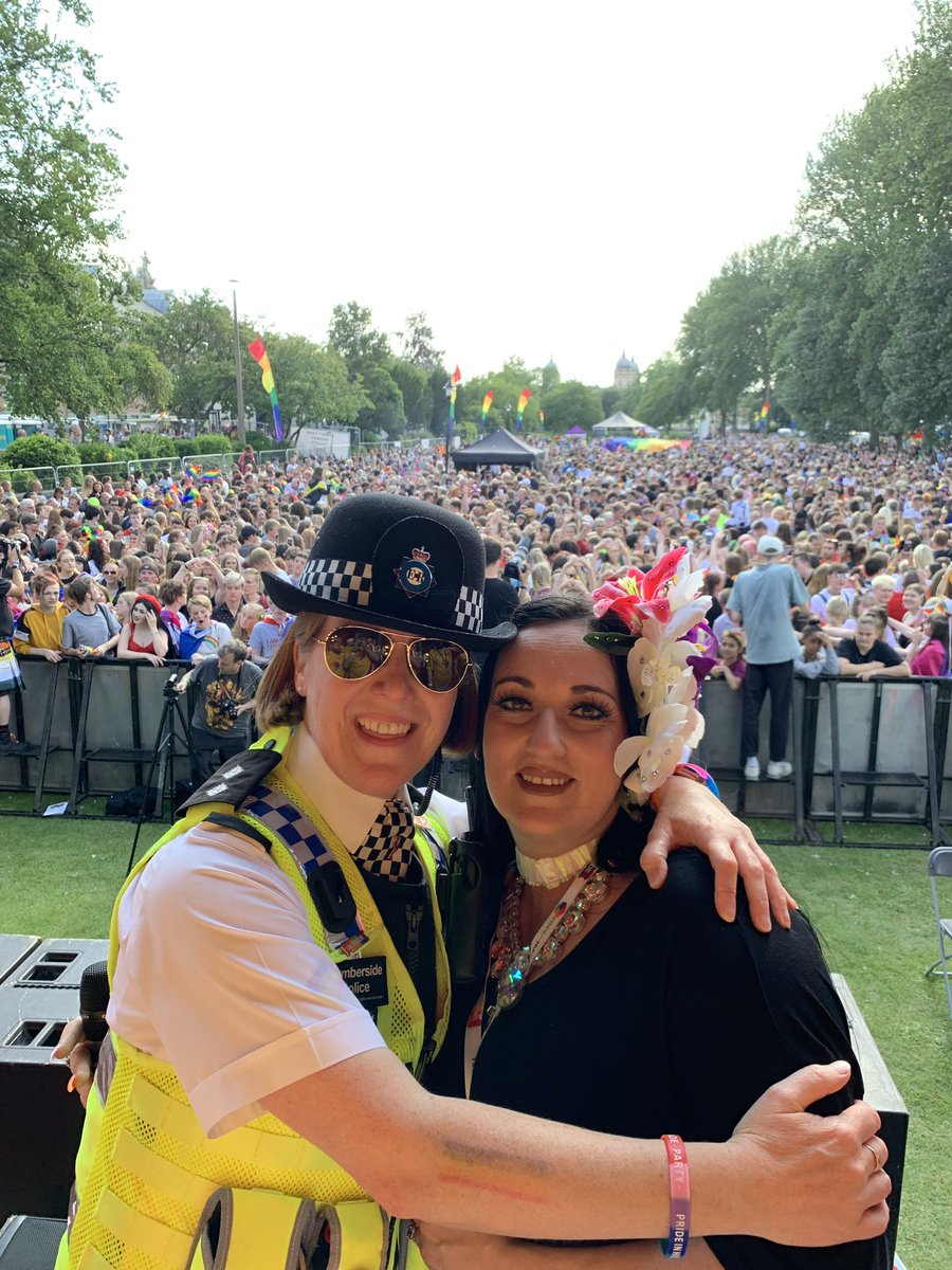 test Twitter Media - Finally home from policing  @prideinhull. A very long & emotional day but enjoyable too. Thank you to all the team policing the gardens, lead by Sgt Matt Jarvis, Bill Hartley and Jo Mellors @HumberbeatHULL @HP_CSU & Licensing Sgt Lee Newton. you're all stars. 🌟 https://t.co/GGwiMmvJ8z