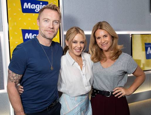 Great to catch up with these two lovelies @ronanofficial and @harrietscott_ ???? https://t.co/aS0o3UyqGB