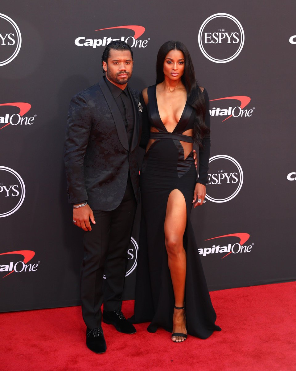 RT @NFL: .@ciara and @DangeRussWilson at the #ESPYs! ???? https://t.co/Su2VjKkls7