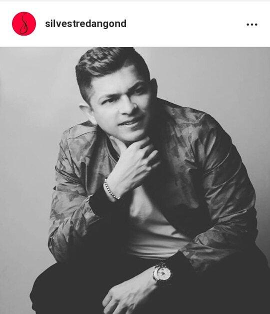 RT @Andersonrojass2: Las páginas esto si no lo publican...bonito gesto de silver @SilvestreFDC @MonoZabaleta https://t.co/M7SImkFBdi