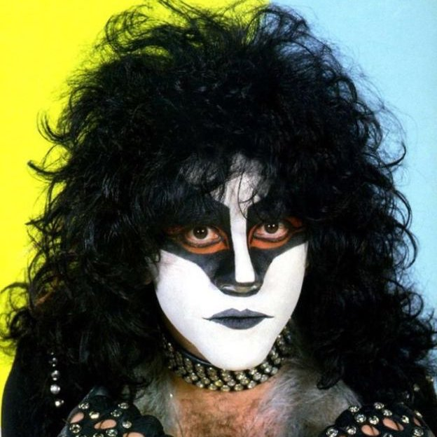 Happy Birthday to the late great Eric Carr, drummer for Kiss, born 7/12/1950.