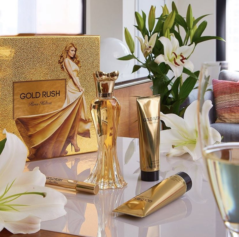 I love #GoldRush ???? this lush and feminine scent will make you feel irresistible ???? Available at @Perfumania https://t.co/LKGfJL5Qy2