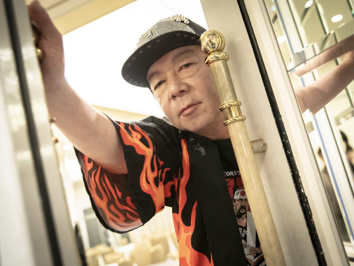 test ツイッターメディア - 今年、ドラマ3本、舞台1本に主演。いま、最も忙しい俳優の一人である古田新太さん(53)。俳優生活は35年を迎えました。理想の舞台は常に「次の作品」。「まだやれてないからやめれない」。舞台でドラマで映画で求められ、後輩たちからも慕われる理由とは。(撮影:宅間國博) https://t.co/4pwbTqBsmG https://t.co/XIgpb7HHMV