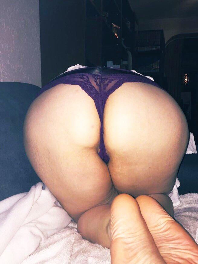 #SexySundayShoutout  @JustAlexiaLove    Check this hot lady  #RT & ❤️  @DamasHermosas @InRedMyLife @TheHardDepot @wixxbold @AdultBrazil