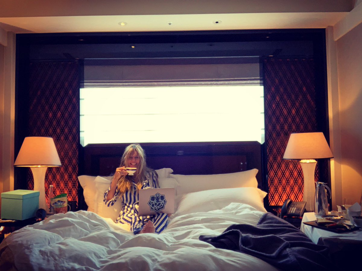 Day off In Tokyo .... staying in bed all day. ????❤️ #MakingTheCut https://t.co/UR7pChQslX