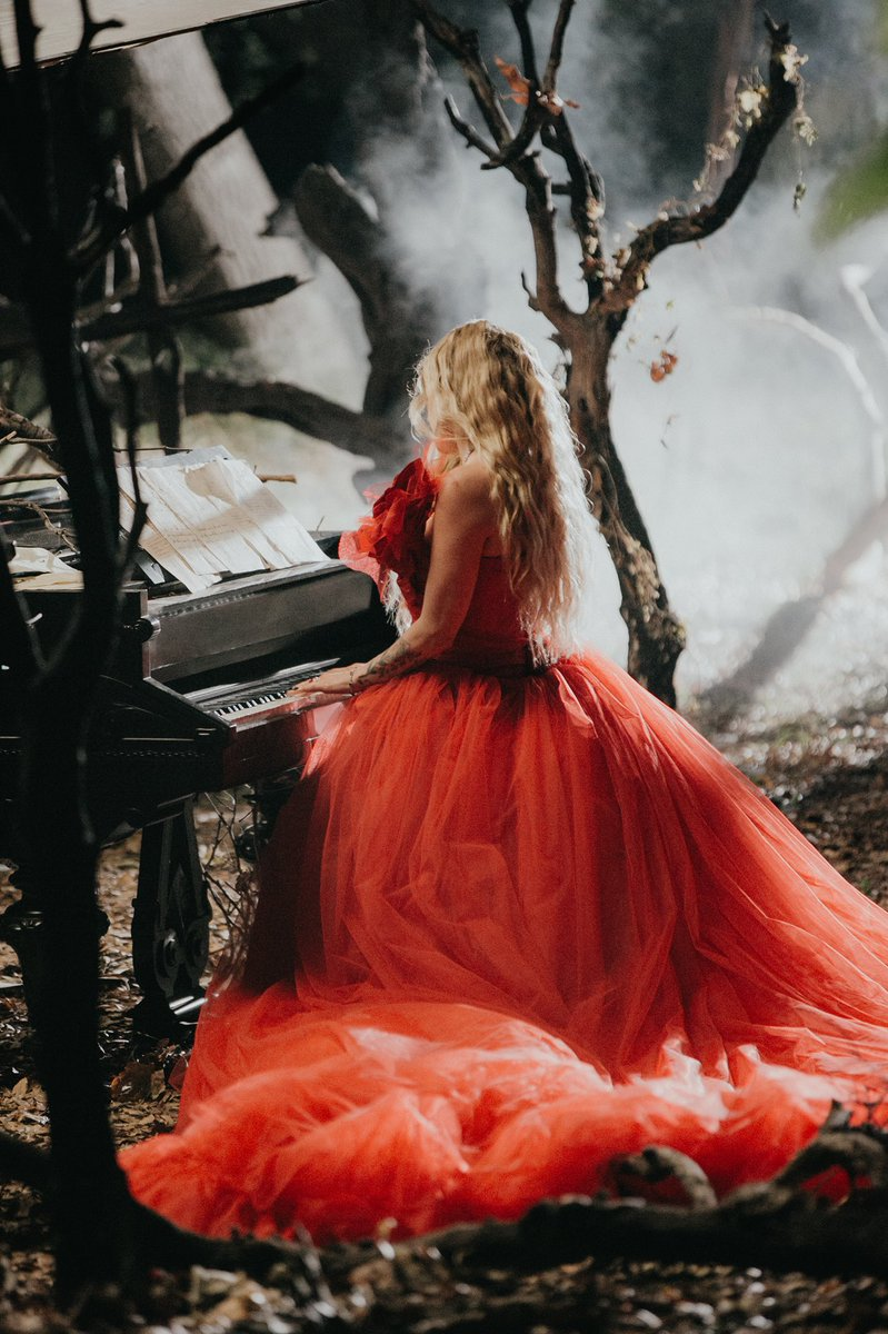 The video for #IFellinLoveWithTheDevil is out now!! Click the link below to watch!!  https://t.co/aG0kFjBTFE https://t.co/LhNu5k35IF