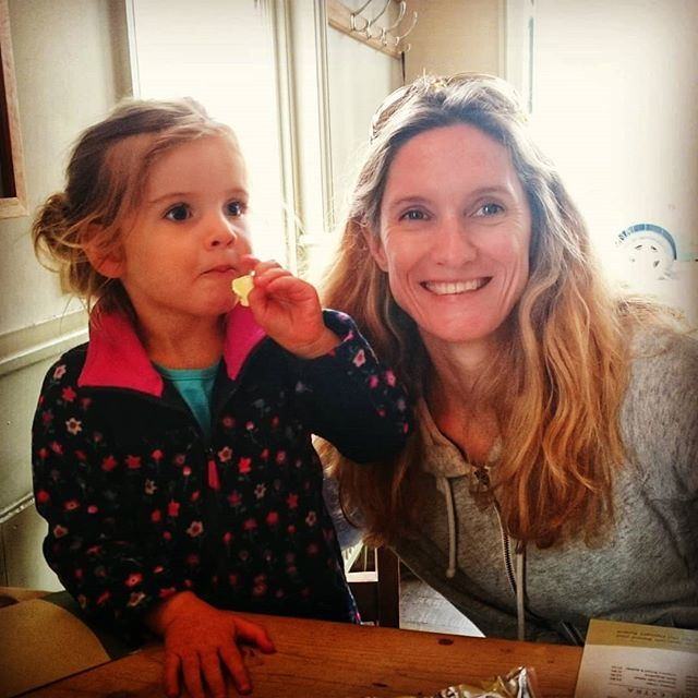 test Twitter Media - Afternoon drink and crisps with my girls. #dayout #Suffolk #Southwold #seaside #pub #adventures #uk #summer #fun https://t.co/9B7DYVKROn https://t.co/XcfPTMZzDR
