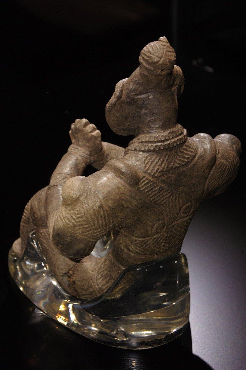 test ツイッターメディア - 合掌土偶は、全国にある5つの国宝土偶のうちのひとつ。トーハクで開催された縄文展から1年ぶりの再会です。高さ20cmほどの土偶が、専用の部屋中央に堂々と鎮座。その姿は、360°くまなく見れます♪ #合掌土偶 #是川縄文館 https://t.co/HUs69k8b9d