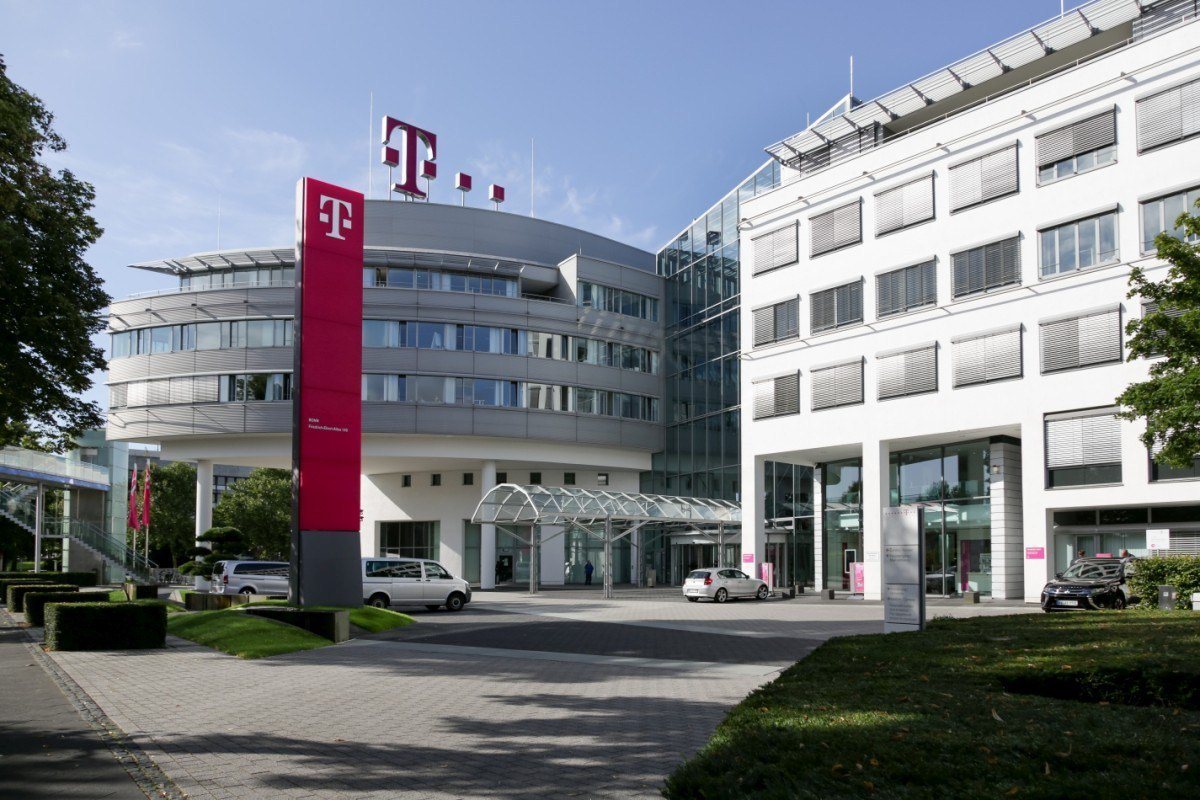 test Twitter Media - RT @fairmilewest: Court: Deutsche Telekom must change zero-rating service https://t.co/Y9eO3L3S1D https://t.co/DduQfbDG75