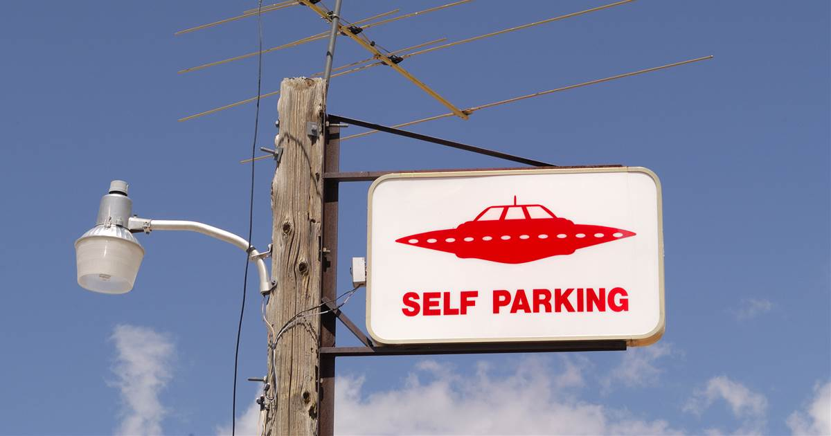 Call to raid Area 51 draws hordes of alien hunters on Facebook