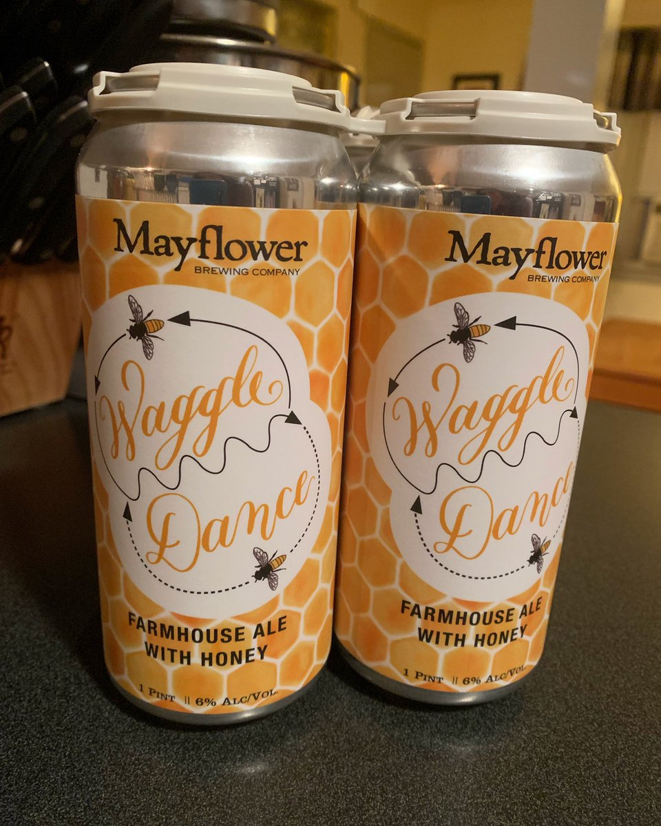 I honestly don't care what this beer tastes like, this is my new favorite can. #bees #waggledance #honeycomb https://t.co/aCcgKBNTR2