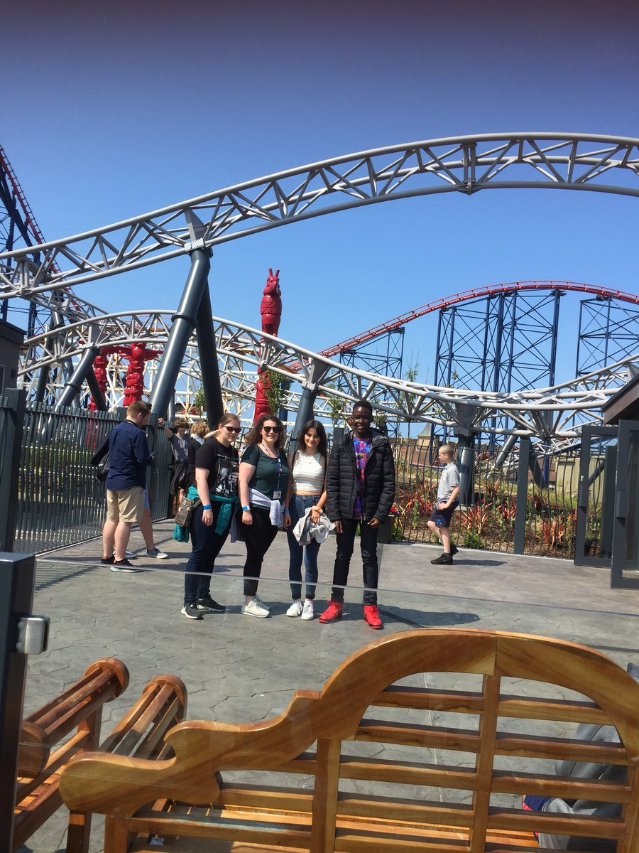 test Twitter Media - Fabulous weather for the Blackpool Trip! ☀️ 🎢 https://t.co/pN9Po9NKYI