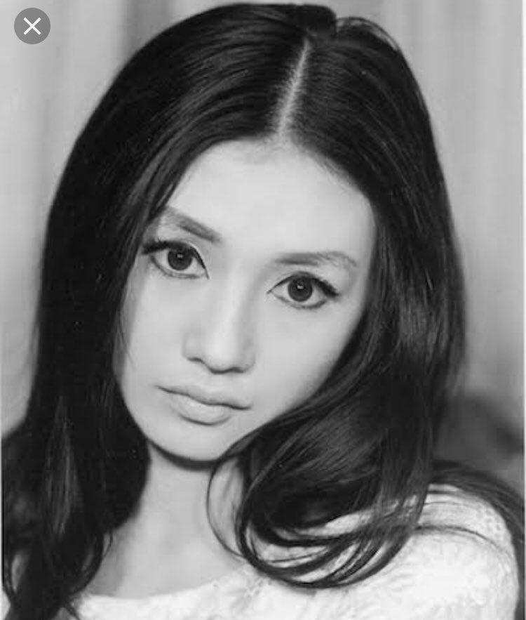 test ツイッターメディア - 加賀まりこさんとデヴィ夫人今ほど編集技術進化してない時代でこれだけ綺麗ってどんだけ綺麗なのよ。 個人的に今の女優さん達よりもよっぽど綺麗🥺昭和の女優さんにハマる平成生まれの私。 https://t.co/bHd1mOzXrF