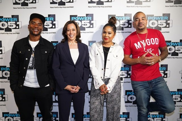 test Twitter Media - In today's issue of @washingtonpost, here's how @breakfastclubam (co-hosted by @angelayee '97), home of hip hop, pop culture and viral gold, has become a one-of-a-kind, must-visit on the campaign trail: https://t.co/7jJ1Uct0r9 https://t.co/BH98M86FPS
