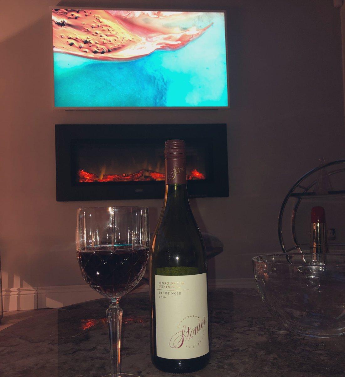 #winewednesday with this @StonierWines Pinot Noir from the Mornington Peninsula 🇦🇺🍷 (@AaronKeenann) https://t.co/qPbQfeeIlq