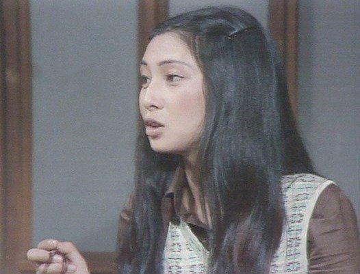 test ツイッターメディア - Meiko Kaji (梶芽衣子) in episode 25 of Kantaro Terauchi Family (寺内貫太郎一家), 1974.  https://t.co/z8GTCzTbkU https://t.co/saX9C7bTuK https://t.co/0gIv4vvXEi