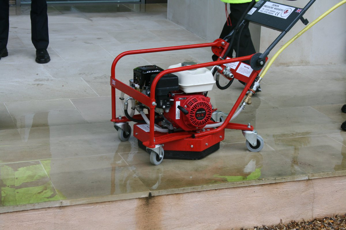 test Twitter Media - Great to hear that our award winning Hurricane Combi being used at Buckingham Palace for flat surface cleaning! #cleaning #professional #buckinghampalace #simplethebest #combi #demon #pressurewashers https://t.co/Z6CMQO7Q7G