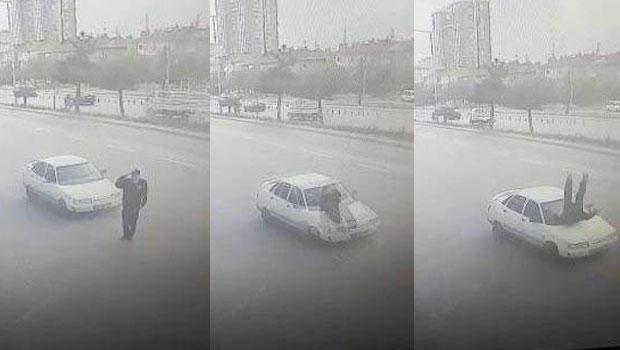 Vali'ye selam veren polise araba çarptı... Kim hatalı? İşte cevabı https://t.co/JP2tcluQgk https://t.co/4jdTDXF4Vw