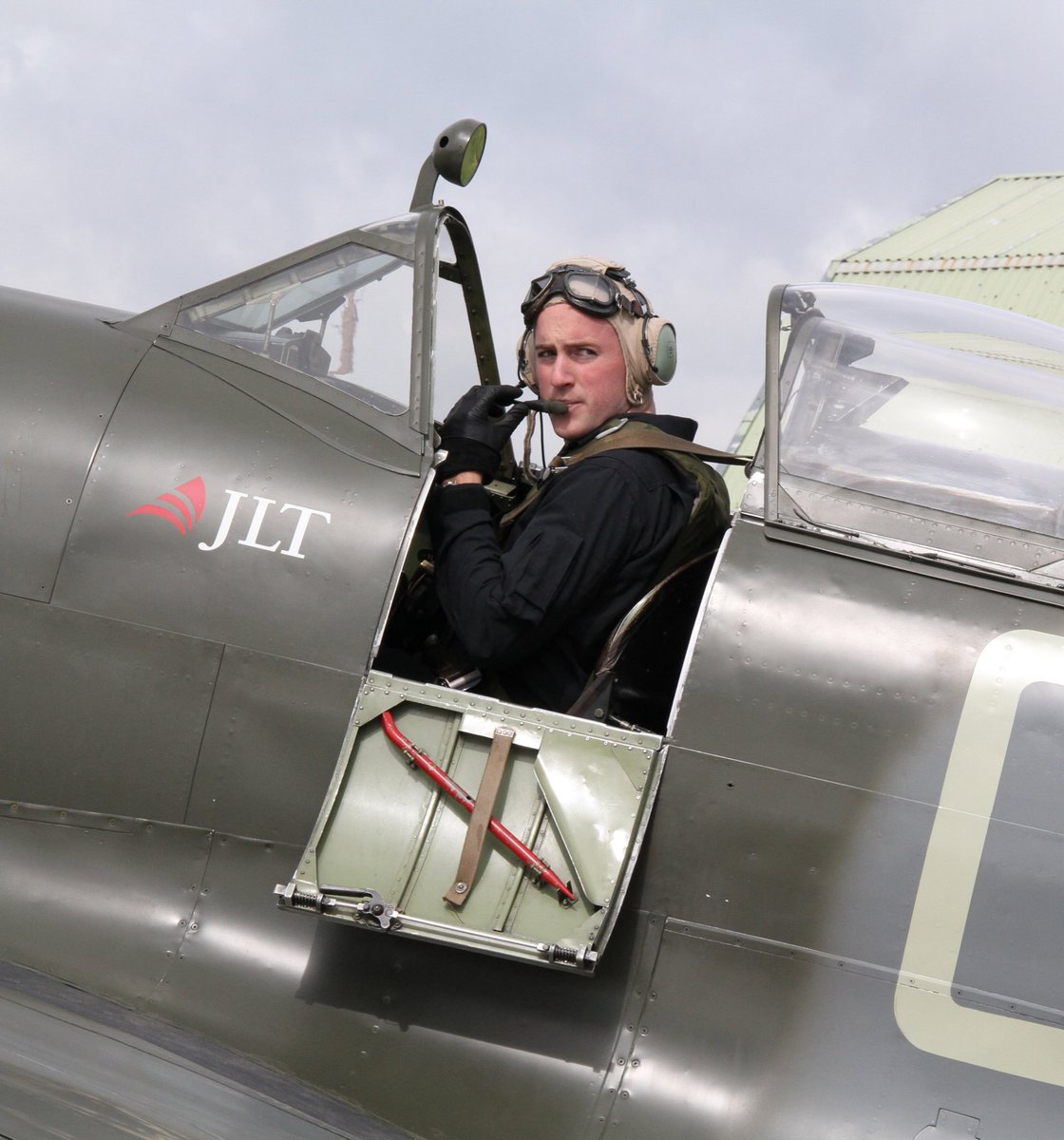 test Twitter Media - 33 years ago today I sat in our Spitfire ML407, with Nick in front ready to fly the first flight after his 5 year restoration -Richard was 9 months old -this photo shows Richard about to fly me 25 years on same date to commemorate his fathers achievement https://t.co/dmLivHXT4n