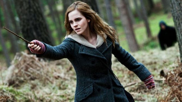 Happy 28th birthday to Hermione Granger herself, the beautiful Emma Watson.
