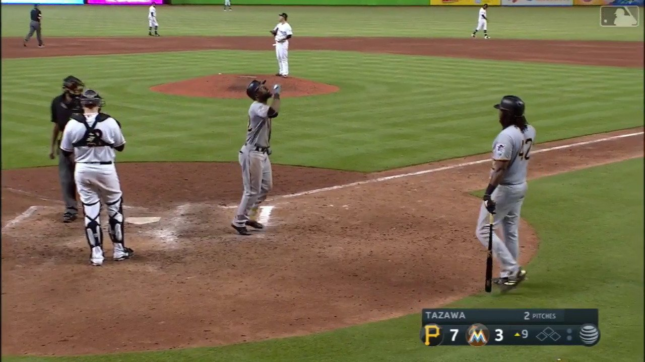 Going yard is a great way to cap a 5-hit day. https://t.co/NLns7G26Ht
