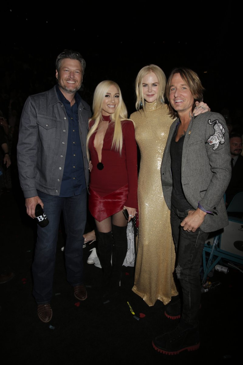 More of @blakeshelton, Gwen Stefani, Nicole Kidman and Keith Urban at the ACM awards (pics by Francis Specker/CBS) https://t.co/WfKJBOPA7F