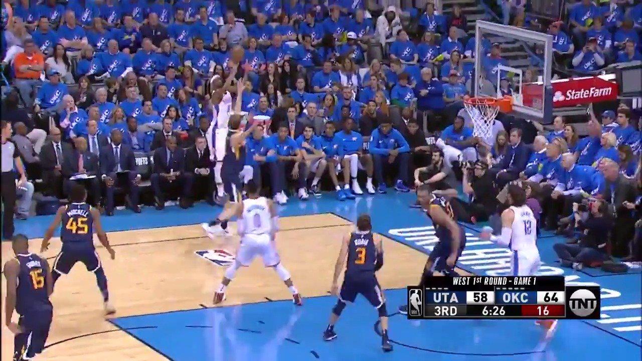 Russ finds Corey Brewer in the corner!  #ThunderUp @NBAonTNT https://t.co/3zpRxY5J3F