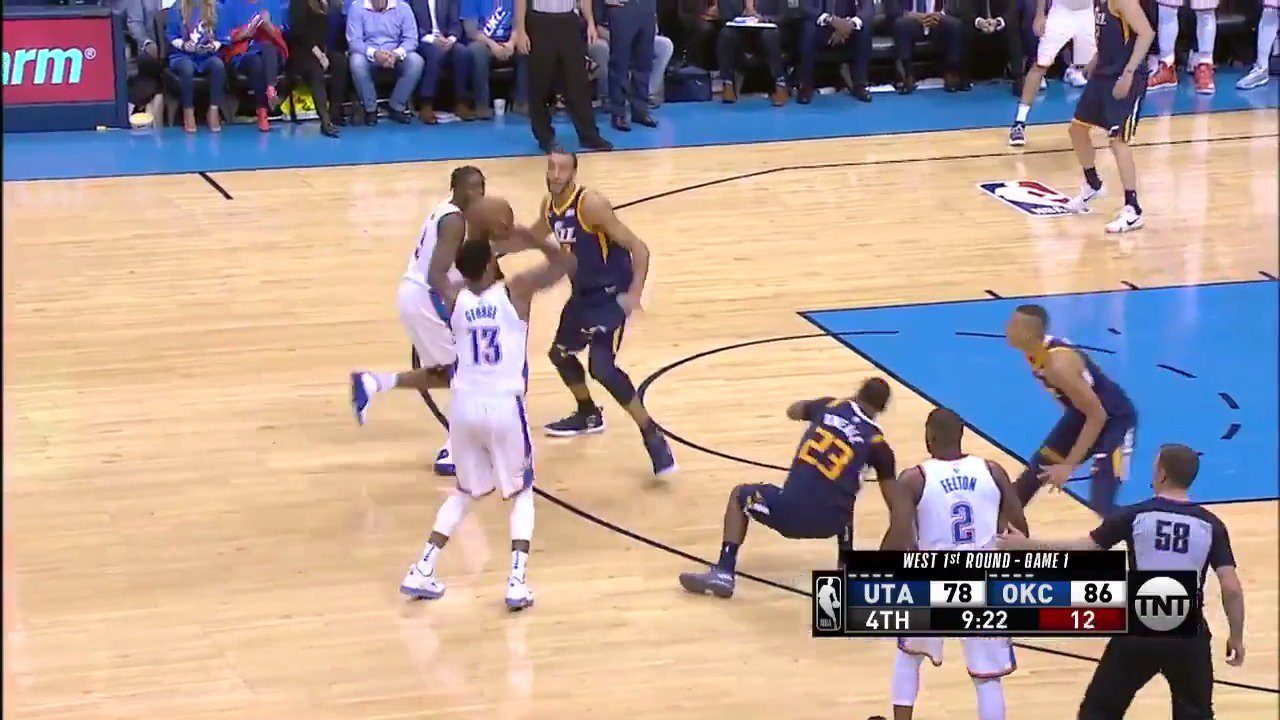 ��Make that 8 TRIPLES for Paul George! ��  #ThunderUp lead by double digits in the 4th.  ��: @NBAonTNT https://t.co/EEhGCH3ZaF