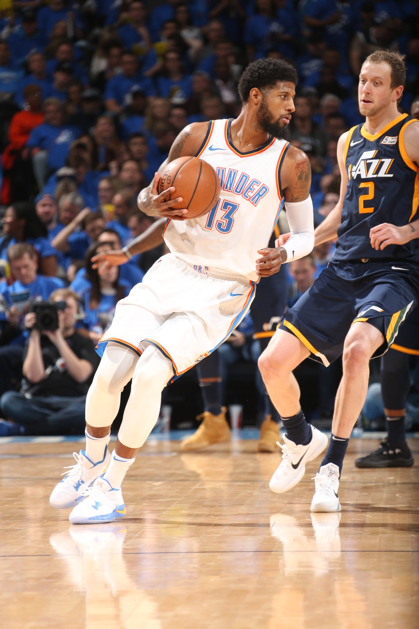 ������  36 PTS, 8-11 3PM midway through the 4th!  #ThunderUp #NBAPlayoffs https://t.co/iw1qPdgI9J
