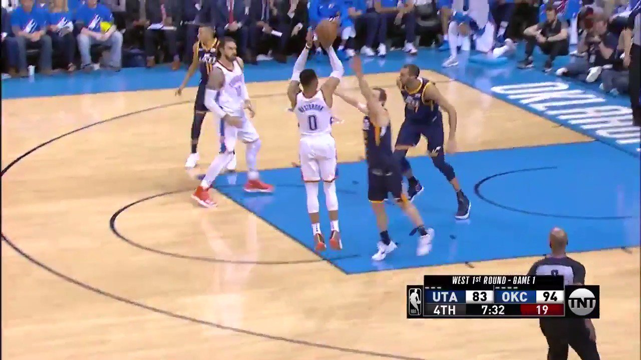Russell Westbrook stops and pops!  #ThunderUp @NBAonTNT https://t.co/mOY60JXrjl