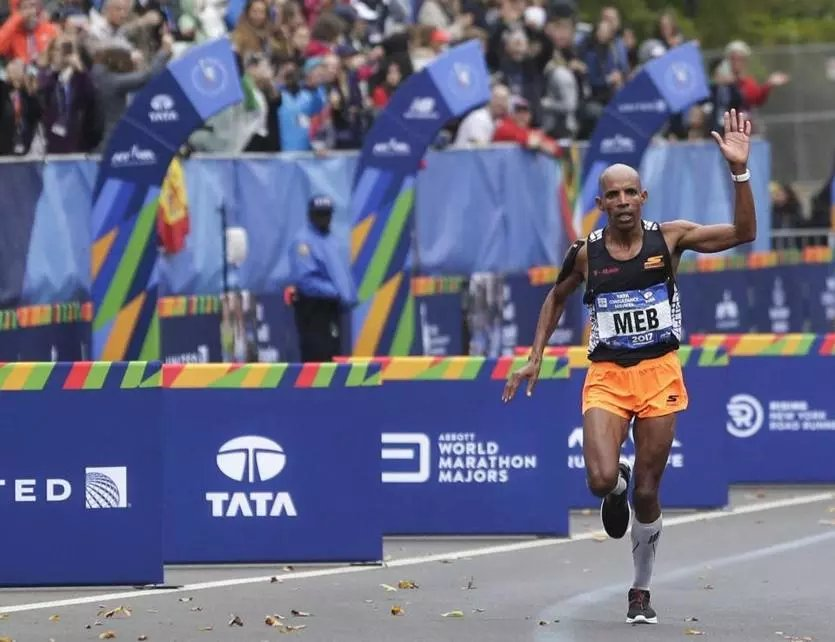Here's how Meb Keflezighi became a charity runner for the Martin Richard Foundation