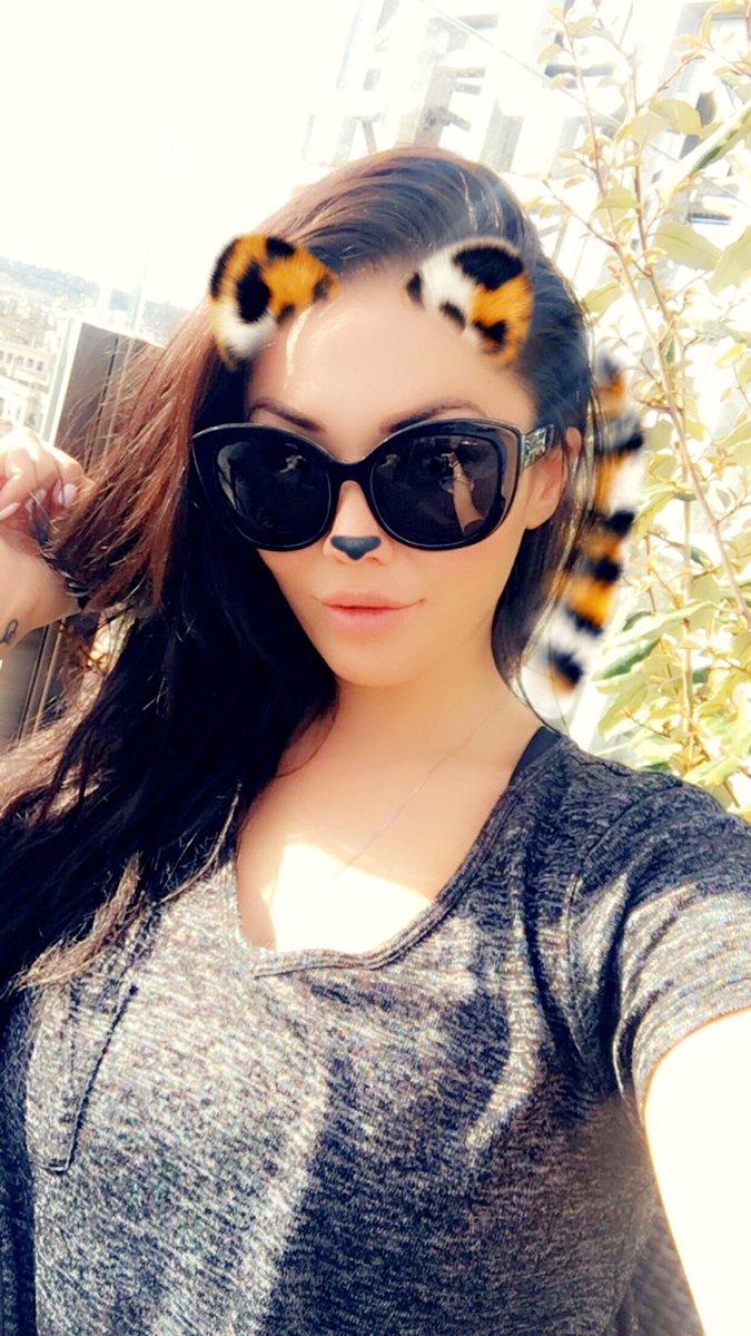 Follow me on Snapchat- londonkeyes FF9fvnpbX1