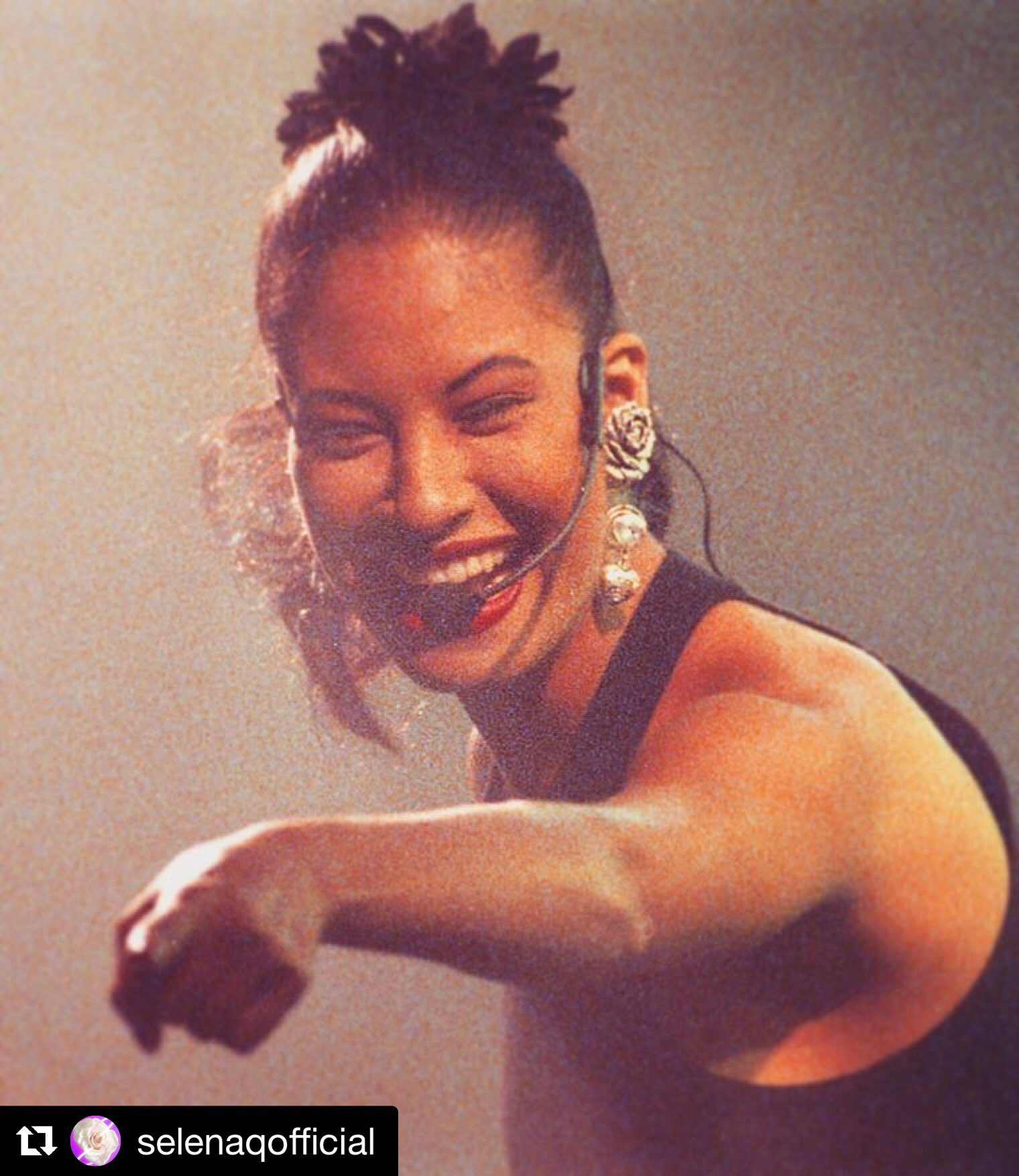 Happy birthday to the one and only, Selena Quintanilla!