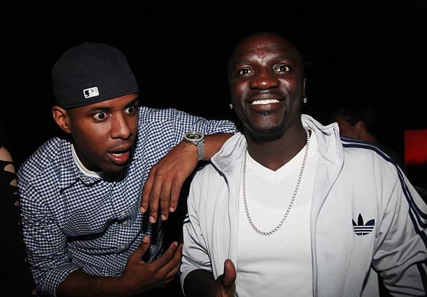 Happy GDay to my brother @Akon!!! ������  POW! https://t.co/u99nCkeIZ4