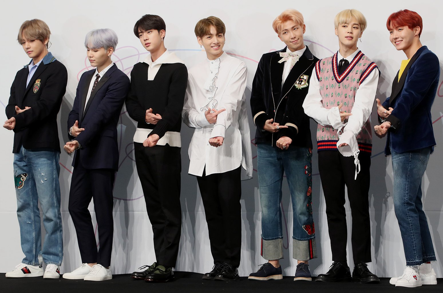 BTS announce new full-length album 'Love Yourself: Tear' to be released in May https://t.co/ItSfrIBO15 https://t.co/82Jg318wG6